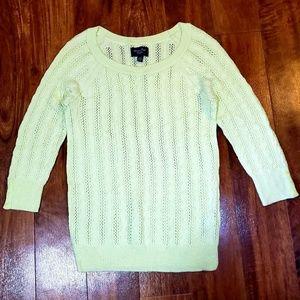 • American Eagle • Sweater